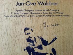 donic-waldner-offensive-2016-aufdruck